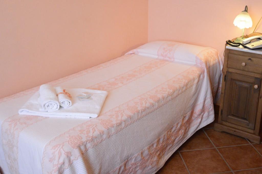 hotel-funtana-noa-villanovaforru-sardegna-le-camere11